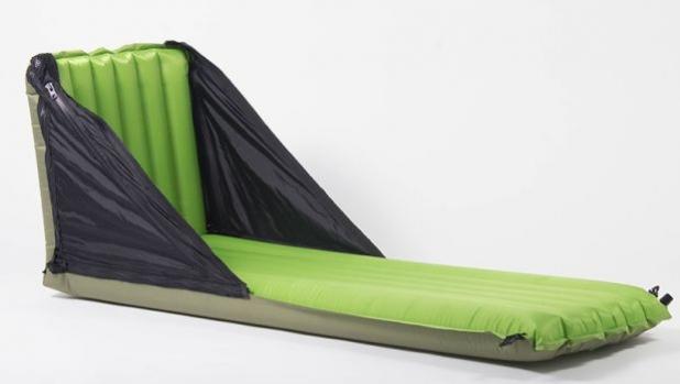 Pack Back Trio - шалте, стол и възглавница в едно