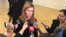 Министър Ангелкова: Няма да се регламентира дивото къмпингуване
