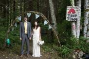 """Сватба на къмпинг? 25 съвета за деня, в който казваме """"да"""" завинаги."""