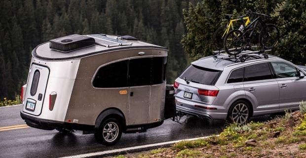 Airstream представи компактната каравана Basecamp, модел 2017