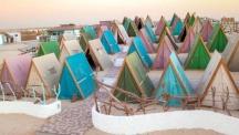 Снимка на деня: На къмпинг в Дубай