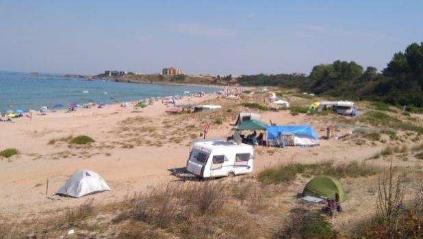 Забраната за плажни принадлежности, палатки и каравани върху дюни влиза за гласуване в парламента