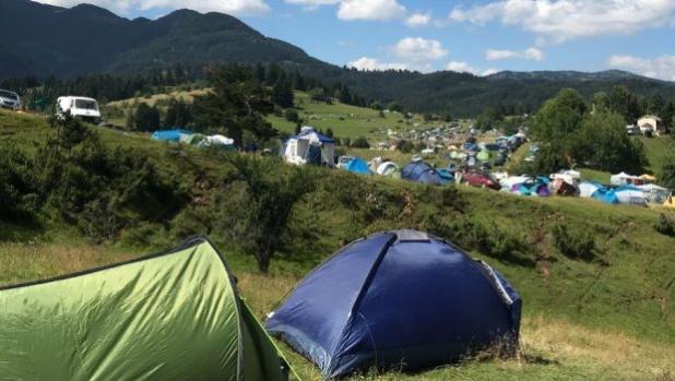 Снимка на деня: Палатковия лагер на събора в Гела
