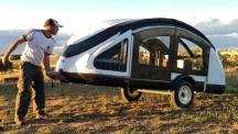 Earth Traveler - Каравана направена от птичи пера