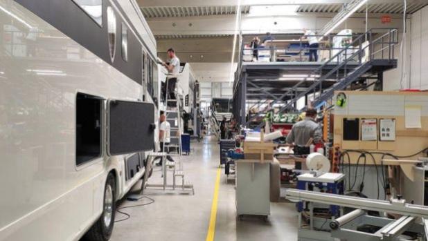 Още една германска компания възобновява производството на кемпери