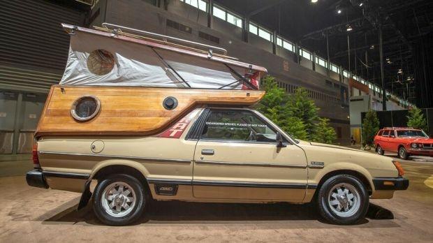 Subaru Brat 1982 къстъм кемпер