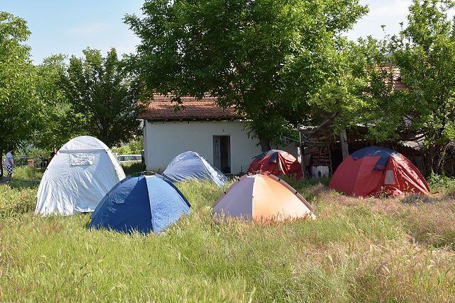 Camping Rock Land Camp